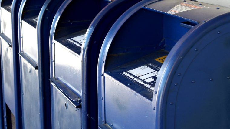 06-01-16_mail-boxes-blue